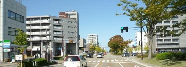 金沢駅西合同庁舎の交差点まで走ります。